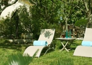 Se détendre dans le jardin